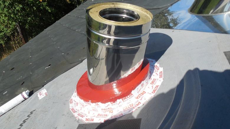 Realizace bezpečnostního prostupu CIKO Stoper na nerezovém komíně